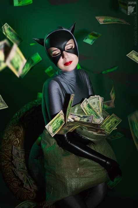 Cool Cosplay – Catwoman from Batman: The Animated Series