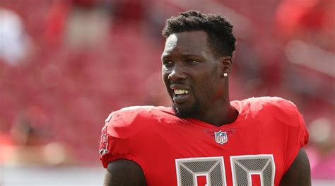 Jason Pierre-Paul activated by Buccaneers after neck