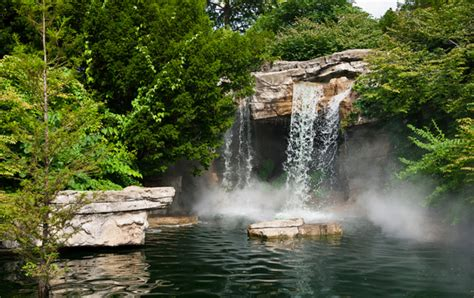 10 Enchanting Urban Waterfalls in MIssouri